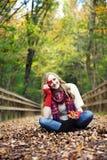 figlarnie jesień kobieta zdjęcie stock