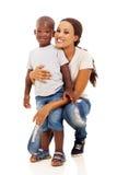 Figlio africano della donna immagini stock libere da diritti