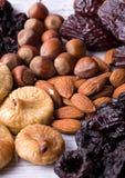 Figos, avelã, amêndoa, ameixa seca Imagens de Stock