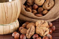 Figos Nuts e secados foto de stock royalty free