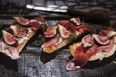 Figs And Prosciutto Bruschetta Royalty Free Stock Photos