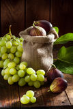 Figs and grape Royalty Free Stock Photography