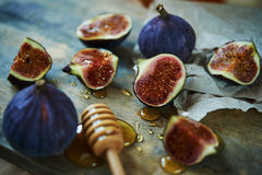 Figs and honey Royalty Free Stock Photos