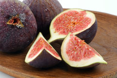 Figs on Wooden Plate Royalty Free Stock Photography