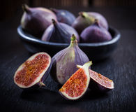 Figs on wooden table Stock Photography