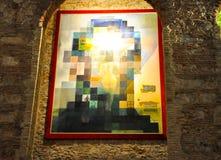 FIGUERES SPAIN-AUGUST 6: Turister på Dali Theatre på Augusti 6,2009 i Figueres. Arkivfoto