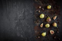 Figues crues servies image stock
