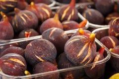 Figues fraîches à un marché grec Images libres de droits