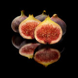 Figues sur le noir Photo stock