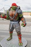 Figura adolescente de Raphael de la tortuga del ninja del mutante en el parque Muzeon en Moscú Fotos de archivo libres de regalías