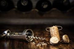Figura da cortiça do vinho, lote do conceito da dor de cabeça Fotos de Stock