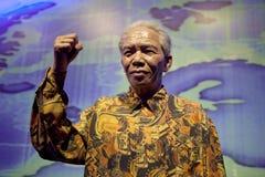 FIGURA de CERA de S de Nelson Rolihlahla Mandela ' imagenes de archivo