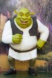 Figura de cera de Shrek imagenes de archivo