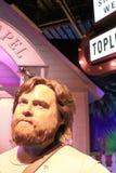 Figura de cera de Zach Galifianakis con el escenario de película Imágenes de archivo libres de regalías