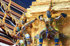 Figura de Ramayana en el templo del prakaew de Wat, Tailandia Imagenes de archivo