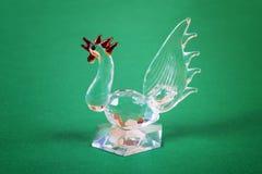 Figura de un gallo de cristal Imagen de archivo