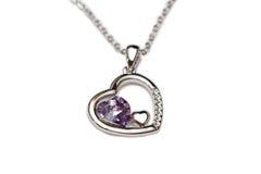 Figura del cuore viola del diamante Immagine Stock