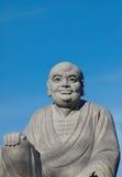 Figura del dio cinese con cielo blu Immagini Stock Libere da Diritti