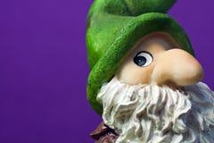 Figura di ceramica dell'elfo di natale - macro Immagini Stock Libere da Diritti