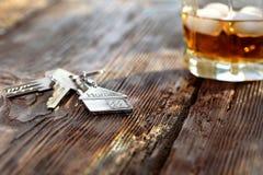 Figura di Keychain della casa con le chiavi Fotografia Stock Libera da Diritti