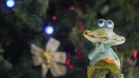 Figura di una rana del giocattolo archivi video