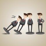 A figura do homem de negócios do dominó dos desenhos animados cai para baixo Foto de Stock