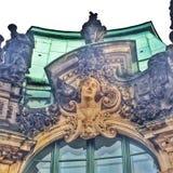 Figura en el palacio de Zwinger Fotografía de archivo libre de regalías
