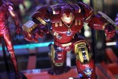 Figura modelo de Hulkbuster en la exhibición en el café de la carpa fotos de archivo libres de regalías