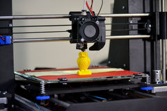 Figura moderna close-up da impressão da impressora 3D Foto de Stock