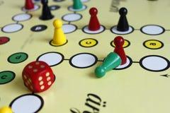 Figura sorte do jogo do jogo do boardgame irritada Imagens de Stock