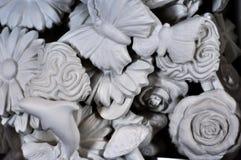 Figuras das esculturas abstratas das flores e dos animais Foto de Stock