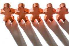 Figuras de madeira como um símbolo da coesão fotos de stock royalty free