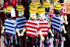 Figuras de madera de Pinocchio Imágenes de archivo libres de regalías