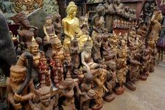 Figuras de madera talladas Imagen de archivo libre de regalías