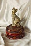 Figuras de oro del gato para la decoración Imagen de archivo
