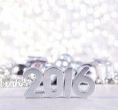 figuras de plata de 2016 años y decoraciones plateadas de los hristmas del ¡de Ð Fotografía de archivo