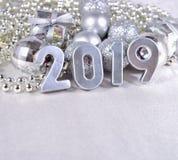 figuras de prata de 2019 anos e decorações prateadas do Natal Imagem de Stock