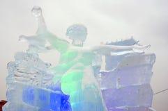 Figuras del hielo en Moscú Moderland llama el modelo del monumento Fotografía de archivo