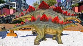 Figuras dos dinossauros do Stegosaurus Fotos de Stock