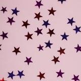 Figuras estrellas de diversos colores Fotografía de archivo libre de regalías