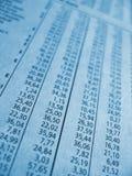 Figuras financeiras azuis Fotos de Stock Royalty Free