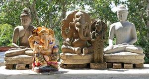 Figuras hindu e budistas Fotos de Stock