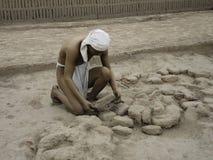 Figuras indígenas en Lima, Perú Imagen de archivo libre de regalías