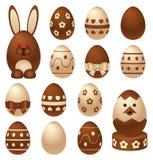 Figuras y huevos de Pascua del chocolate Imágenes de archivo libres de regalías