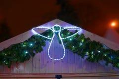 Figure d'un ange décorant une stalle du marché de Noël photographie stock