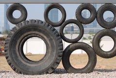 Figure de quelques pneus image libre de droits
