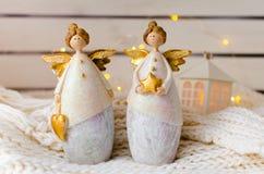 Figure degli angeli ceramici di Natale Fotografie Stock