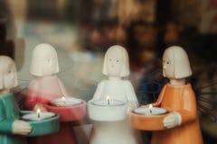 Figure degli angeli con le candele Immagine Stock Libera da Diritti