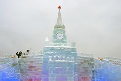 Figure del ghiaccio a Mosca Torrette di Mosca Kremlin Fotografie Stock