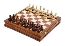 Figure di scacchi sulla scheda Immagini Stock